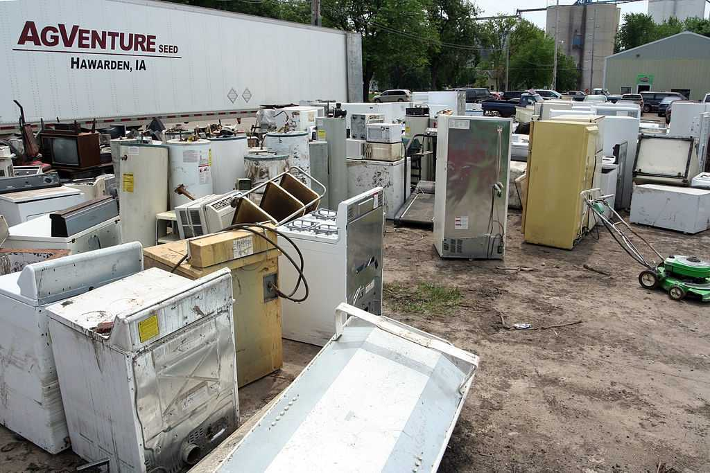 Appliances waiting for disposal